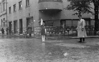 Slika: Pionirji prometniki v Ljubljani, september 1955