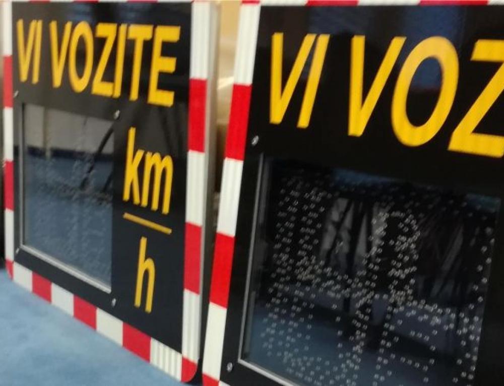 Prikazovalniki hitrosti v 31 slovenskih občin