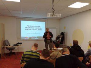 Predavanje človeških dejavnikov pri dr. Marko Polič