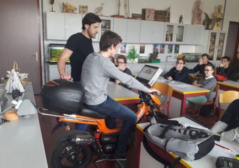 Mladi na delavnicah Vozimo pametno v Ljutomeru in Novem mestu
