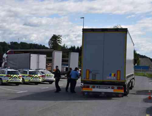 Agencija organizirala usposabljanje policistov za izvajanje učinkovitejšega nadzora