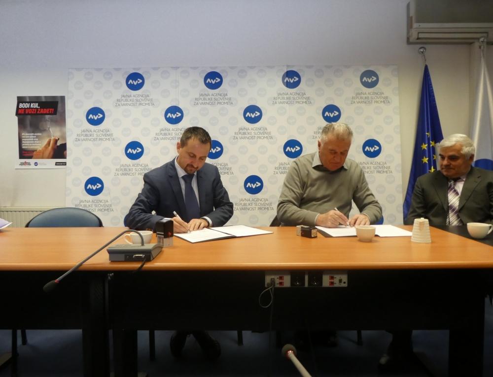 AVP in ZDUS podpisala sporazum za večjo varnost starostnikov