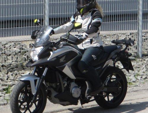 Vožnja motornega kolesa – priročnik