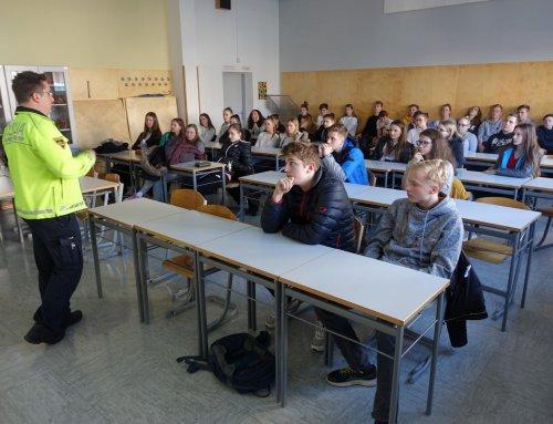 Z delavnicami Vozimo pametno ponovno popestrili pouk na Gimnaziji Šiška