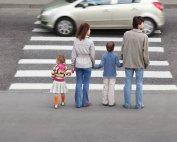 Opozorila pešcem, kolesarjem, motoristom