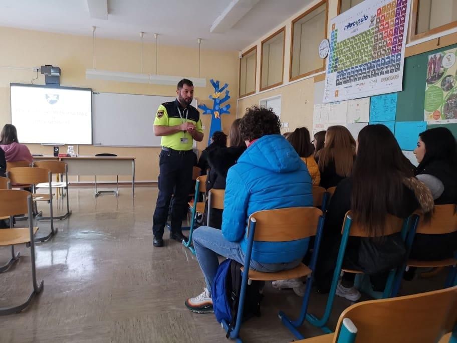 Vozimo pametno - Srednja trgovska šola Ljubljana