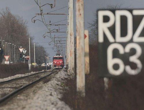 Na progo Grosuplje – Kočevje so se potniški vlaki vrnili po več kot 50 letih – ne pozabite, vlak ima prednost!