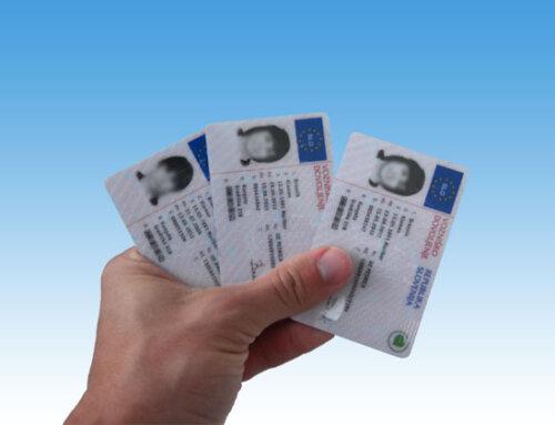 Vlada podaljšala ukrepe na področju voznikov in vozil ter veljavnost vozniških dovoljenj, teoretičnega dela vozniškega izpita in izkaznic o vozniških kvalifikacijah